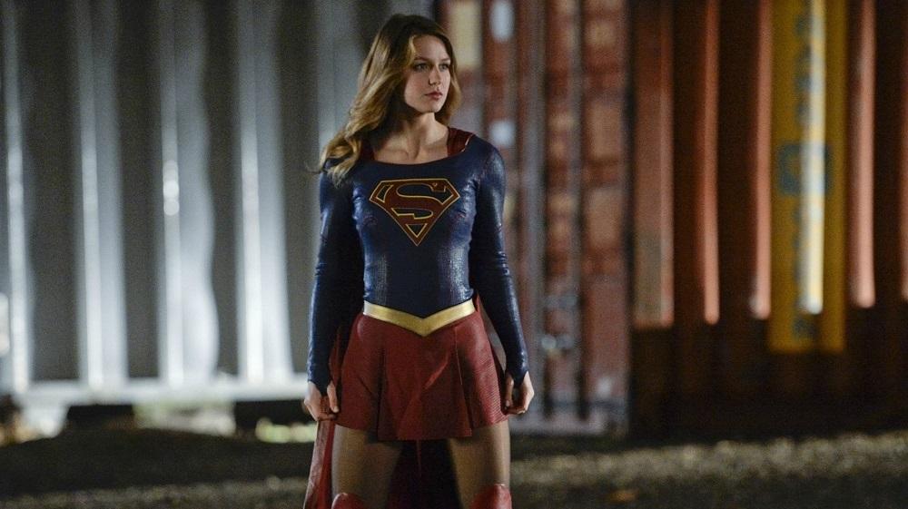 """حکم فرمایی شخصیت منفی با لباس کامل در تصویر جدید """"دختر فوق العاده""""(Supergirl)"""